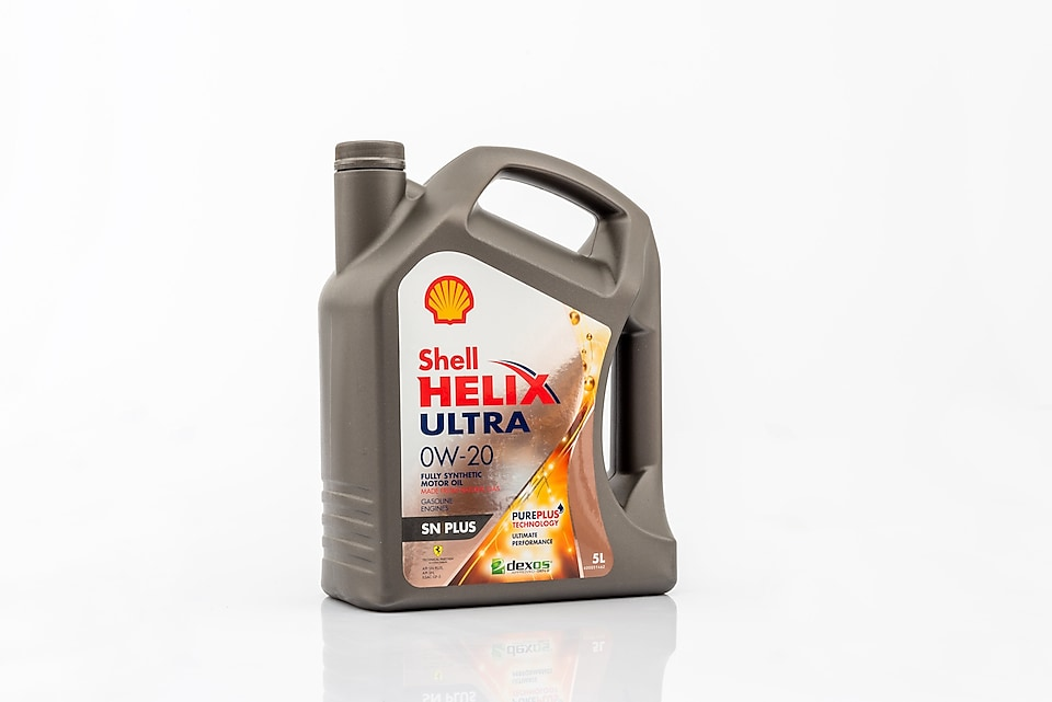 Packshot of Shell Helix Ultra SN 0W-20
